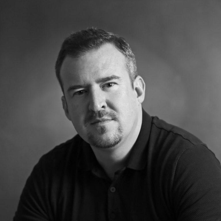 Profilová otografia Petra Hrnčiara partnera zlatníctva Ardiama