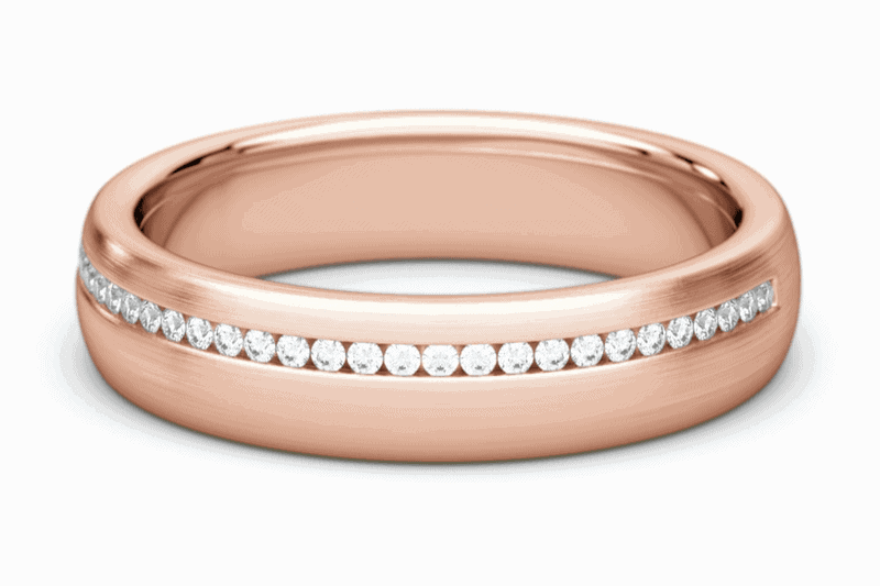 dámska svadobná obrúčka z ružového zlata s diamantmi