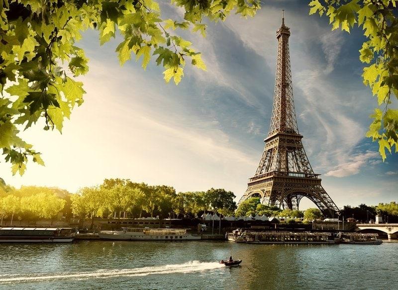 romantická plavba na rieke v Paríži s výhľadom na Eifelovku